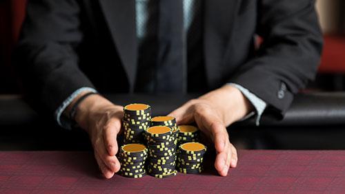 poker y el hombre